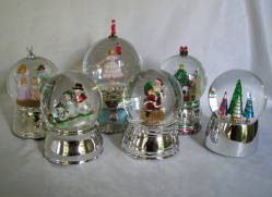 Christmas Water Snow Globes